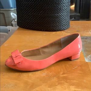 J. Crew salmon flats with bow size 8.5